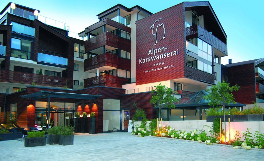 Time design hotel alpen karawanserai for Wellness design hotel